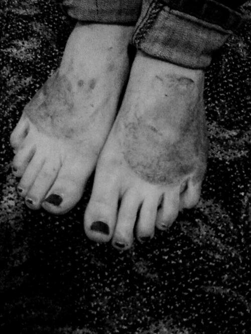 mstrkrft-feet
